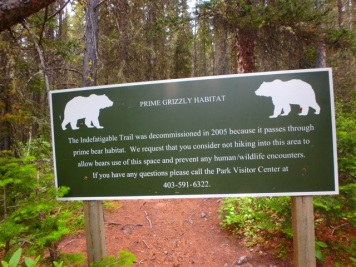 Sign at the trail